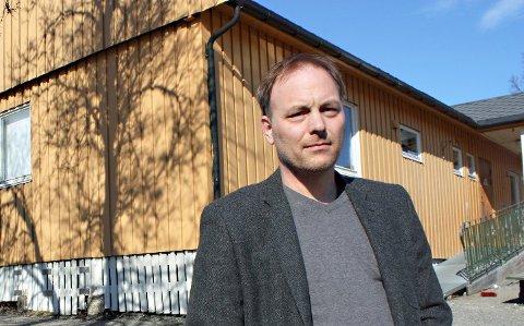 STØTTER KUTT: Pål Julius Skogholt er enig i at kommunen bør redusere sosialstønad til store barnefamilier. -  Dette virker ikke urimelig, sier han.