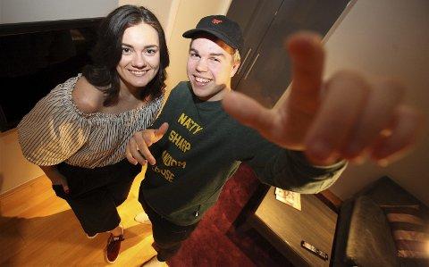 FROGNER: Emelie Hollow og Ramon Andresen deler leilighetshus på Frogner mens The Stream pågår. Der er det god stemning.FOTO: ODD INGE RAND