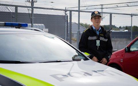 GIR RÅD: Politioverbetjent Solveig Aarvik Kjeserud er politikontakt i Ski og Oppegård.