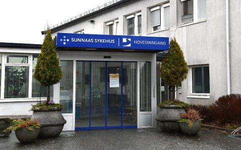 Et nytt koronatilfelle er registrert ved Sunnaas sykehus. Dermed er det nå to ansatte som er bekreftet smittet ved rehabiliteringssykehuset. Foto: Trond Folckersahm