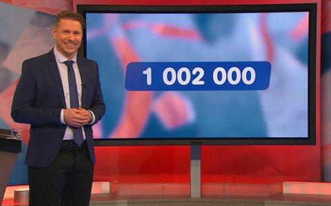 Programvert Reidar Buskenes, kunne gratulere en storfornøyd kar fra Rena lørdag kveld. (Foto: Fabelaktiv)