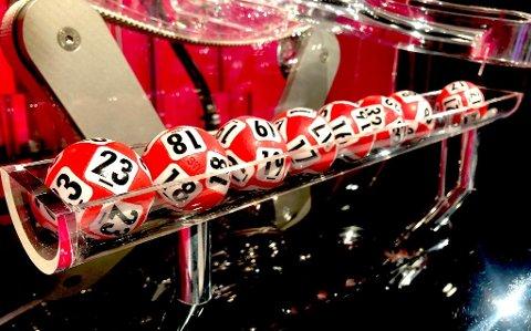 Disse tallene gjorde fire personer til Lotto-millionærer i helga. Foto: Norsk Tipping
