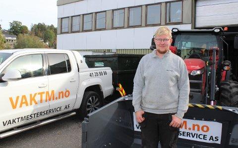 Lars-Martin Branderud er anleggsgartner og jobber i Vaktmesterservice Vestfold AS, hvor han stortrives.