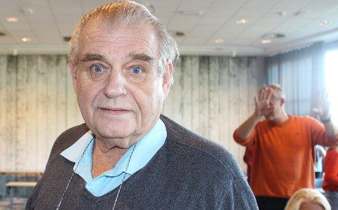 – Det er med beklagelse jeg må si at Mandsangrevyen i Langesund er avlyst i november i år på grunn av koronarestriksjonene, sier Tom Markus som er formann i Langesund Mandssangforening.
