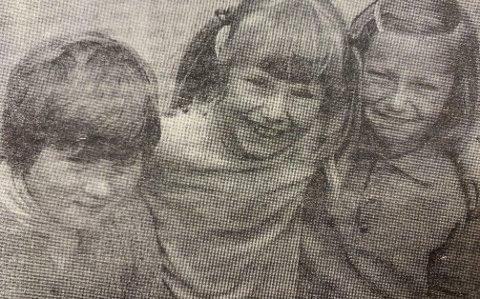BASAR: Kari Lovise Johansen, Kari Dalåsen og Ellen Tørnes, alle åtte år gamle.