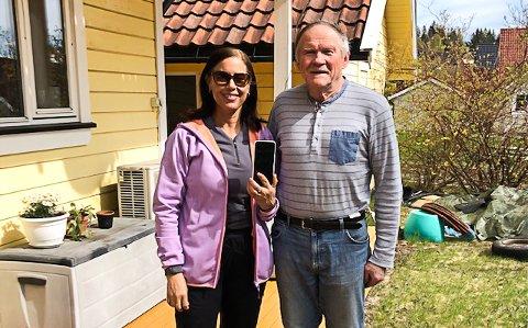 FIKK MOBILEN TILBAKE: Tormod Brenna og Gicele Maria Silva De Brito fikk til slutt mobilen tilbake.