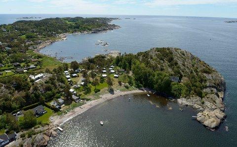 FRED OG RO: Det kan bli en ekstra fredelig påskeferie for sandefjordinger som har hytte i samme kommune. Her fra Slottsvika på Vesterøya.
