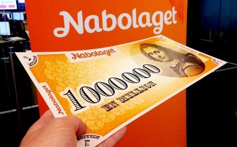 SPILLERLYKKE: En heldig kvinne på 71 år fra Askim vant 100.000 kroner i Nabolaget fredag kveld.