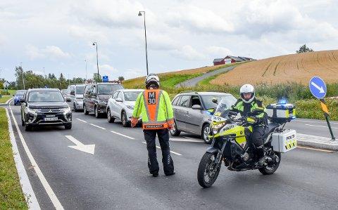KOMMER TILBAKE: Verdenseliten på sykkel kommer innom Indre Østfold igjen søndag. Det fører til at enkelte veier periodevis blir stengt.