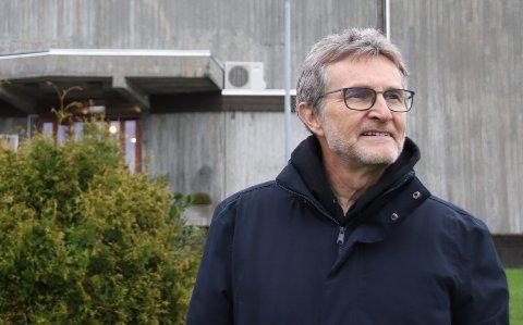 IKKE PLASS TIL ALLE: Sokneprest Martin Ivar Arnesen forteller at det ikke er aktuelt å utvide med flere julegudstjenester enn vanlig for å gi flest mulig sjansen til å delta.