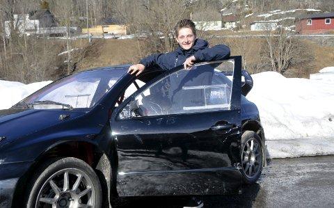MOTORTALENT: Sebastian Høidalen venter på tillatelse til å starte EM i rallycross denne sesongen.FOTO: KRISTIAN HOLTAN