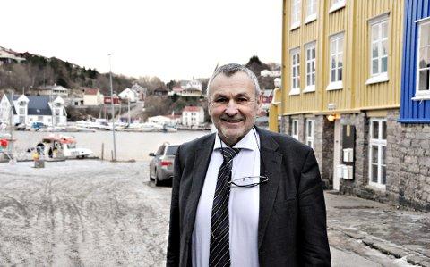 Fylkesmann Lodve Solholm.