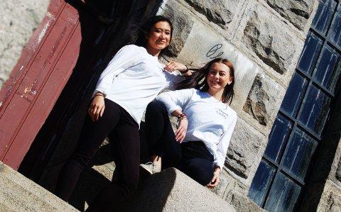 PÅ SCENEN: Linda Tran (til venstre) og Hedda Sanne Melvold i Gemini Crew skal underholde på Nøtterøy IFs jubileumsmarkering.