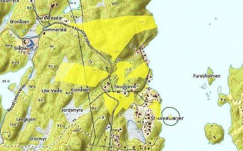 Stor eiendom: Grunneierne sitter på store arealer i Skuggevik, fordelt på åtte teiger markert i gult på kartet. Den omstridte tilleggstomta er den i midten med spesiell fasong. Området i nord, som grenser mot Glastadheia, ligger an til å utvikles først.Statens kartverk
