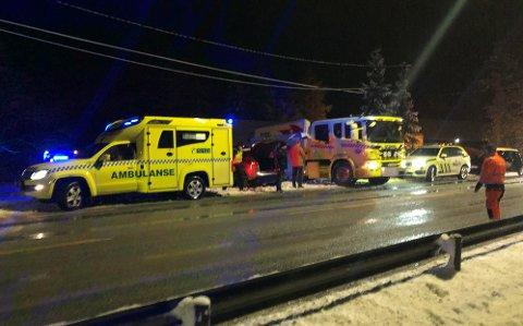 FARLIG FØRE: Fra ulykkesstedet ved Strøm lørdag kveld.