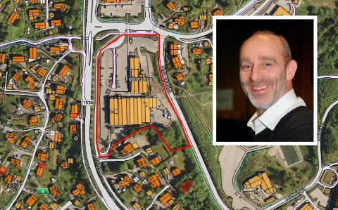 SENTRUM I SØNDRE: Hagan sentrum med rød strek rundt eiendommene til Folkets Hus, Coop og USBL. Styreleder Sven Reme i Folkets Hus Hagan er innfelt.