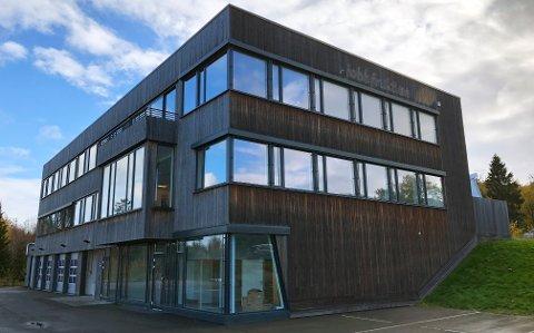 SOLGT OG LEID UT: Næringsbygget på adressen Nordre Fokserød 9 er solgt og allerede leid ut.