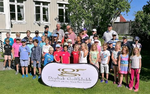 Drøbak Golfklubbs Golf Camp er blitt populære sommer- og høstarrangementer for barn og unge fra 7 til 18 år – her fra en tidligere golfcamp ved klubbhuset på Nordre Belsjø.