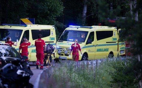 En motorsyklist omkom etter en ulykke på Gamle Mossevei onsdag kveld. Foto: Eirik Løkkemoen Bjerklund