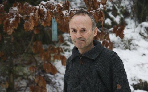 Naturjunkie: Ole Jakob Bråten bruker både jobb og fritid på skogen. Nå gir han seg som leder i Havrefjell turlag – en helsemessig investering for å kunne fortsette å tilbringe fritiden utendørs. Foto: Marianne stene