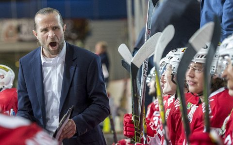 Pål Erik Glomsaas forlater neppe skipet, men tre av lederne hans gjør det.