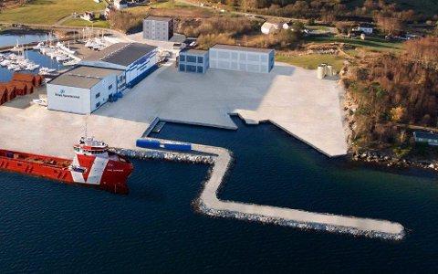 Slik vil Halvard Velde sin nye havn bli seende ut om noen år. Søknad om molo (i forgrunnen) er sendt til Rennesøy kommune.