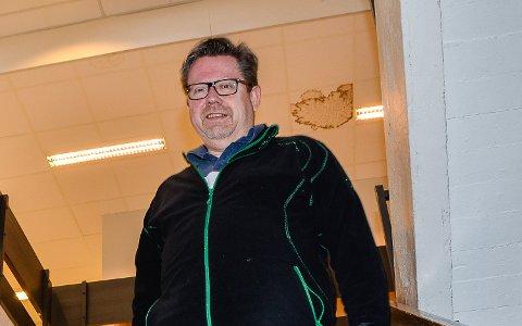 BESTEMMER: Slik det ser ut nå, vil Torgeir Solstads (Ap) stemme, avgjøre om det blir én eller to skoler i Krødsherad i framtiden.