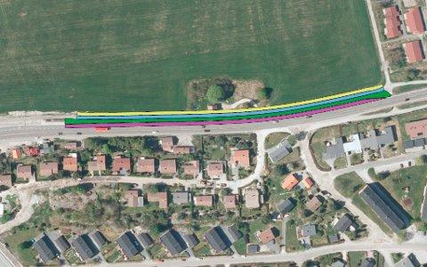 Slik blir det: Det nye kollektivfeltet er markert med lilla linje. Gul linje indikerer fylling/skjæring; blå linje indikerer gang- og sykkelveg; grønn linje indikerer grøft.