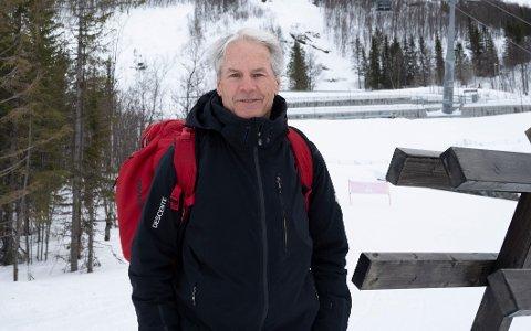 IMPONERT: Kanadiske Ken Read er en liten legende i alpinkretser. Nå er han i Narvik som en av FIS' utsendte, og er imponert over det han har sett hittil.