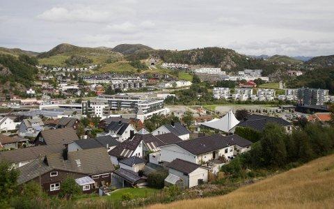 Det er ikke registrert noen nye smittetilfeller på Ålgård eller i Gjesdal siden 12. november. Men 44 gjesdalbuer sitter per mandag 16. november i karantene og 5 i isolasjon.