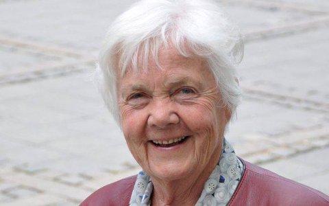 TIL GLASSLÅVEN: Astrid Nøklebye Heiberg taler de eldres sak på Glasslåven 8. september. Pressefoto.