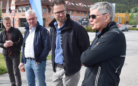 LOKALT NÆRINGSLIV: Fra venstre: Tor Giæver, Hapro Electronics, Trond Øverlier, Lygnasæter, Lars Inge Næss, Sanner og Pål Olimb, Alfa Sko AS.