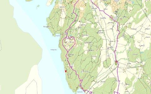 NYTT STEDSNAVN: Idd og Enningdalen historielag har fått Monolittbruddet inn på norgeskartet. Monolitten ble skutt ut fra fjellet mellom Sveen og Grønnebakke (markert med rødt kryss). Den lilla streken viser hvor Kyststien går.
