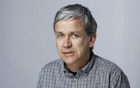 Med oppfrordring: Arne Oftedal i  Mattilsynet Hardanger og Sunnhordland har en klar oppfordring til kommunene som sliter med å mestre sitt ansvar for dyrevelferd- og helse. Pressefoto
