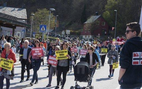 1. mai 2017: Rekordstort oppmøte for å redde sjukehuset. Arkivfoto: Eli Lund