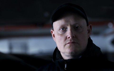 LANG TUR: Morten Joachim er teatersjef i Haugesund og han har ikke kommet lett til det. – Jeg blir pirret av mestring og ikke av rus. Foto:  Harald Nordbakken