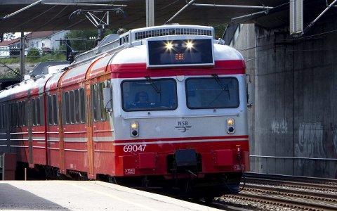 Trafikken på  Dovrebanen blir rammet dersom meklingen mellom NSB og lokomotivførerne ikke fører fram.  Illustrasjonsfoto: Foto: Morten Holm / NTB scanpix