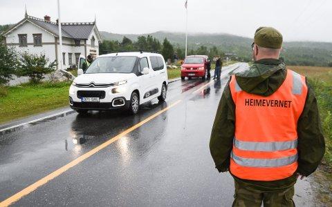 Norge går nå inn i en normal hverdag med økt beredskap og innreiserestriksjonene til landet fjernes gradvis.