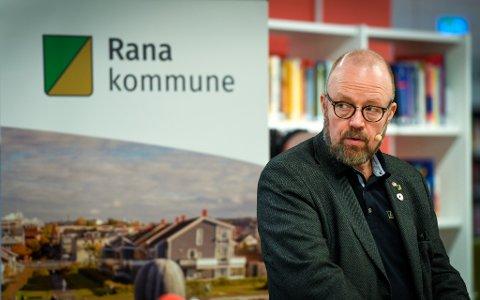 Helse Nord sørger for utrygghet i befolkningen, mener Rana-ordfører Geir Waage.
