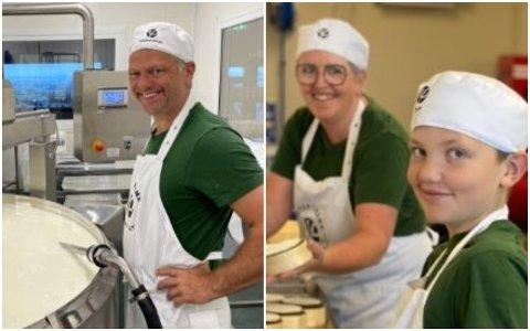 TIL NM: Jon Lea (f.v.) kona Siri Rasmussen Lea og sønnen Trym Lea har vært med på et skikkelig osteeventyr de siste to årene. Neste helg skal fire av ostene deres konkurrere om å bli landets beste.