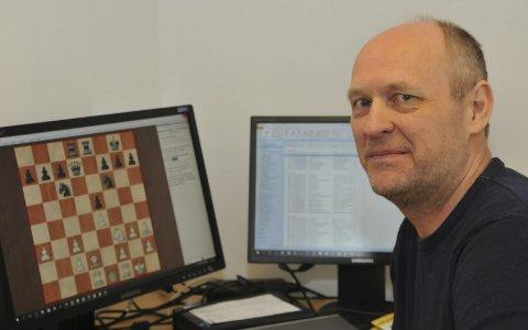 Storturnering: Leder i Kragerø Sjakklubb, Truls Jørgensen, ser fram til den internasjonale sjakkturneringen som starter på Kragerø Resort i morgen kveld.