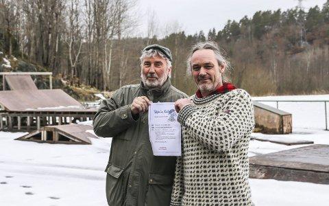Ønsker å diskutere: Øyvind Olsen (t.v.) og Håkon Ljosland er blant de som vil ha en dialog med beboerne om hva som skal skje med Kalstad-området.