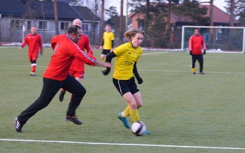 Toppscorer: Noah Apelseth scoret en gang da Kragerø tapte 7–4 borte for Skarphedin 2. Han er divisjonens toppscorer med 18 mål når to serieomganger gjenstår.