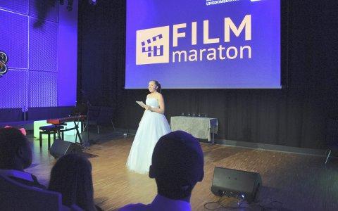 GALLAkjole: Kristine Wisting Ovenstad ledet showet i Sølvsalen.Foto: SILJE KRISTINE ØINO