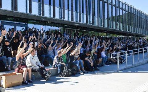 Hele 402 søkere konkurrerer om 256 studieplasser på  Kongsberg.