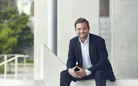 PIANIST: Christian Grøvlen holder konsert i Kongsberg kirke 8. mars.