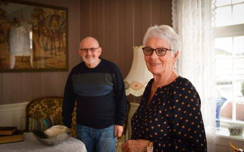 SELGER: Knut Brennesvik og Reidun Omholt selger nå Rogstadgården, som Knut kjøpte i 1973.