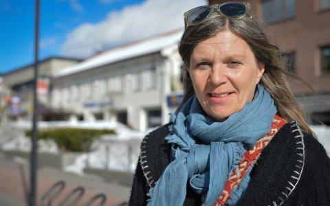 Stor pågang: Kirkens SOS opplever stor pågang. Samtidig har de færre frivillige som kan ta i mot henvendelsene, forteller leder i Kirkens SOS Tunsberg, Anne-Lise Diesen.