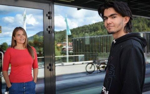 nikolai Rojas (18) og utekontakt i Kongsberg, Bente Bjørdal.