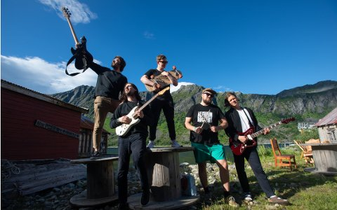 FEMTE GANG: The Modern Times har spilt på alle fem Leirvaag Musikkfest. Fra venstre: Terje Arntzen, Jon Høiland, Jørgen Frydstad, Isak Harbitz og Magnus Vold Jensen.